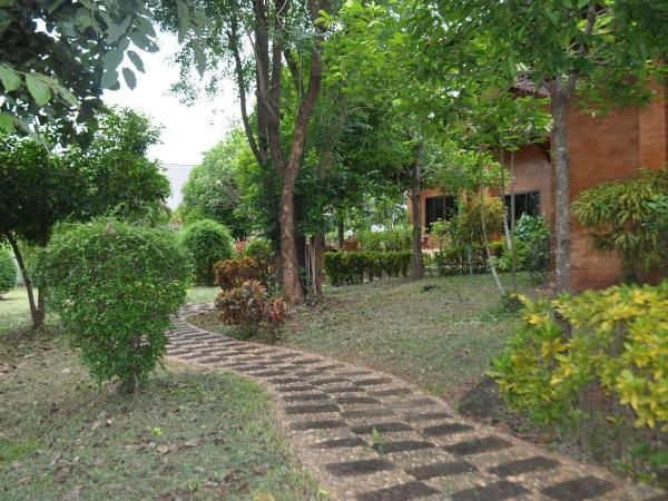 Huge-house-near-University-Chang-Wat-Sakon-Nakhon-Amphoe-Mueang-Sakon-Nakhon-Tambon-Chiang-Khruea-10072
