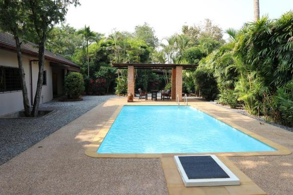 breathtaking-resort-style-home-Chang-Wat-Nong-Khai-Amphoe-Mueang-Nong-Khai-Tambon-Nai-Mueang-10032