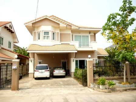 4-bedroom-house-for-sale-Udon-Thani-Mueang-Udon-Thani-District--10002